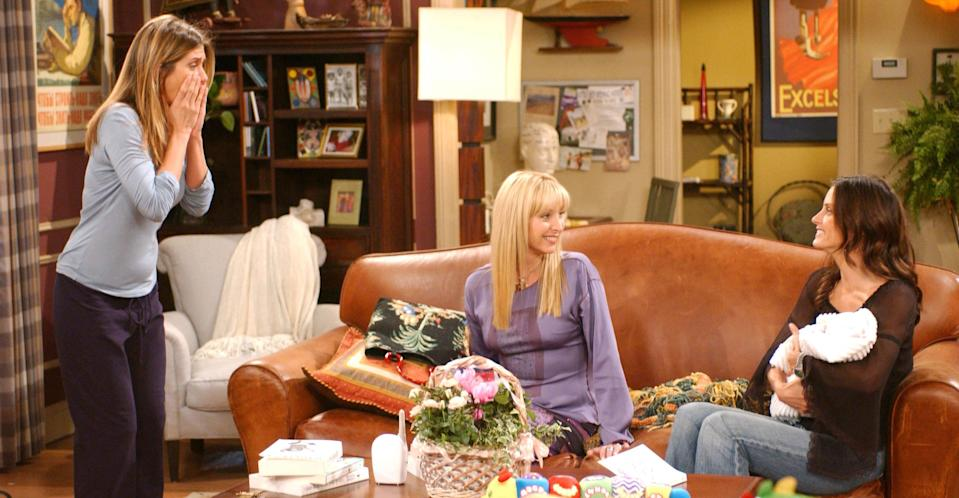 Lisa Kudrow with costars Jennifer Aniston and Courteney Cox in Friends (REX).