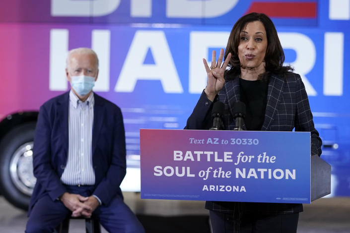 Latest Kamala Harris at a campaign event in Arizona.  (AP / Carolyn Kaster)