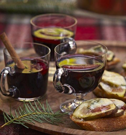 "<p>Add orange and lemon slices to your mulled wine to create the perfect warm, fruit-infused post-dinner beverage.</p><p><strong>Get the recipe at <a rel=""nofollow"" href=""https://www.countryliving.com/uk/create/food-and-drink/recipes/a221/mulled-wine-recipe/"">Country Living.</a></strong></p>"