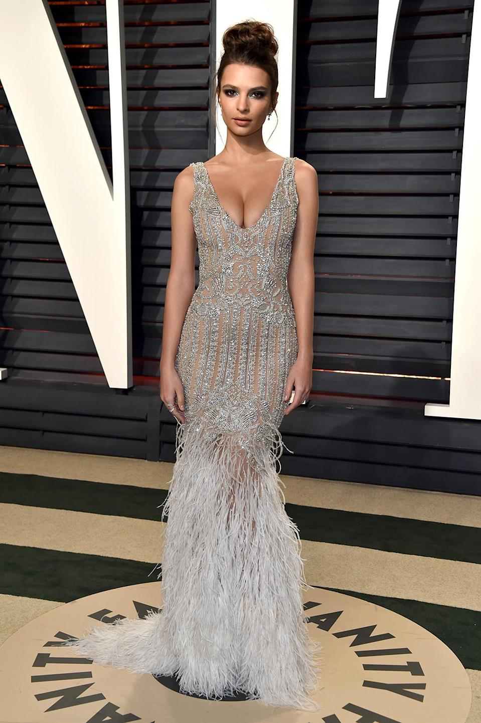 <p>Emily Ratajkowski attends the 2017 Vanity Fair Oscar Party hosted by Graydon Carter at Wallis Annenberg Center for the Performing Arts on February 26, 2017 in Beverly Hills, California. (Photo by Pascal Le Segretain/Getty Images) </p>