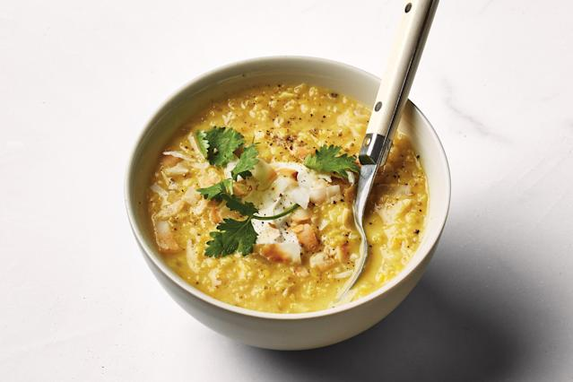 "<h1 class=""title"">Coconut-Apple-Ginger Dal</h1> <cite class=""credit"">Photo by Alex Lau, Food Styling by Anna Stockwell</cite>"
