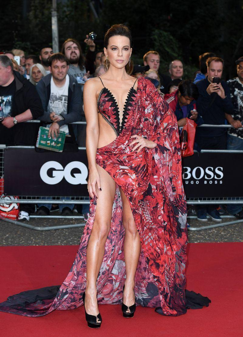 <p>Kate Beckinsale's 2018 GQ Award dress, designed by Julien Macdonald, is one for the history books.</p>