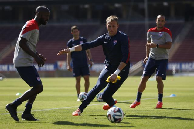 Cropper of U.S. men's national soccer team prepares for World Cup in Stanford