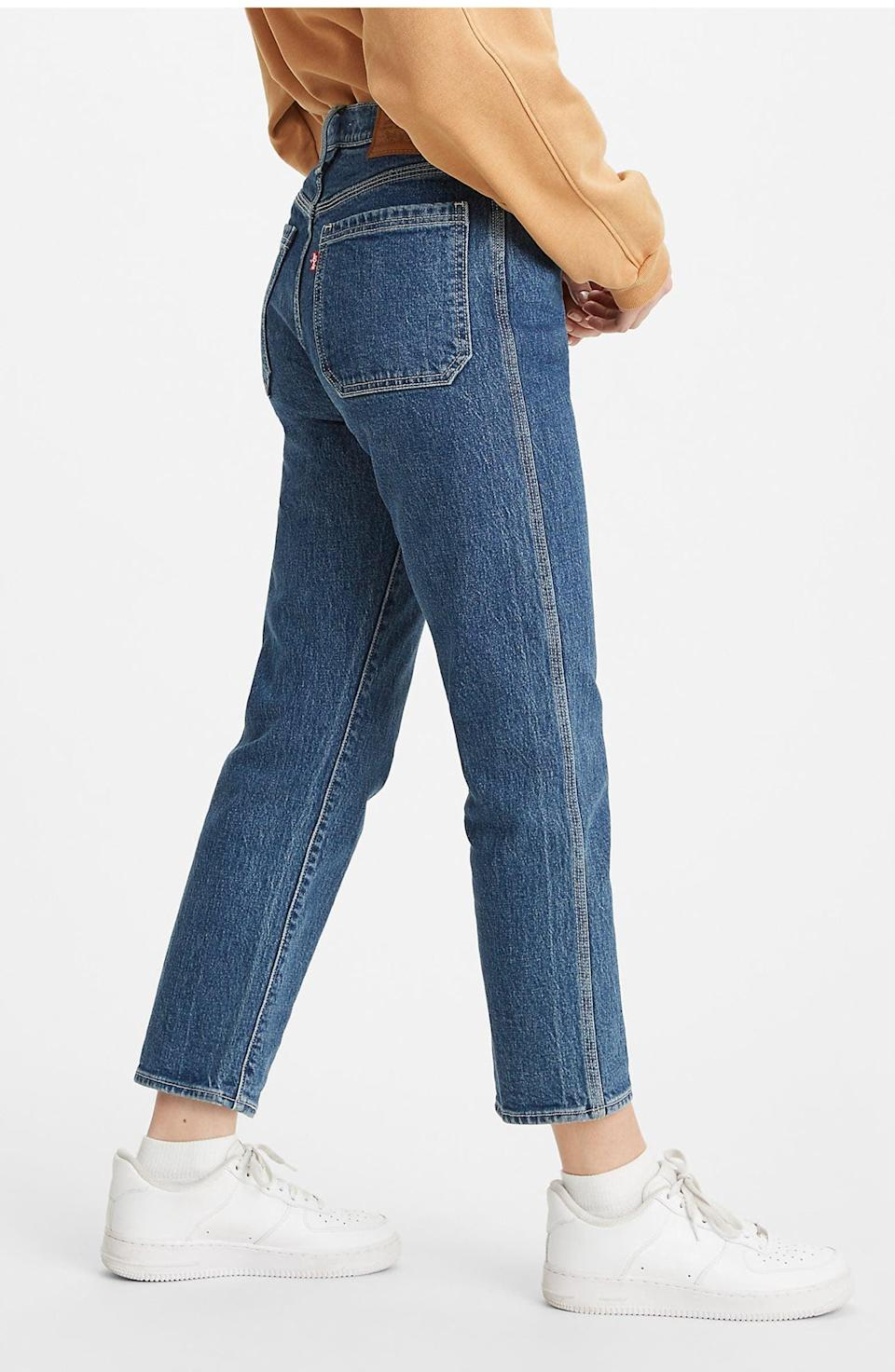 <p><span>Levi's Wedgie High Waist Crop Straight Leg Jeans</span> ($40, originally $98)</p>