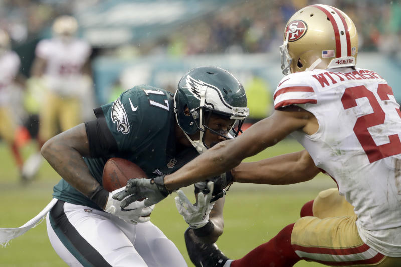 Philadelphia Eagles' Alshon Jeffery scores a touchdown on Sunday against the 49ers. (AP)