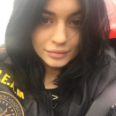 <p>Following in the footsteps of her older sister Kim Kardashian, Jenner's selfie posted on January 11 has 1 million likes. (<i>Photo: Instagram)</i></p>