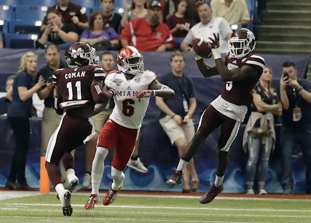 "<a class=""link rapid-noclick-resp"" href=""/ncaaf/players/242842/"" data-ylk=""slk:Jamoral Graham"">Jamoral Graham</a> (9) had an interception in Mississippi State's bowl win. (AP Photo/Chris O'Meara)"