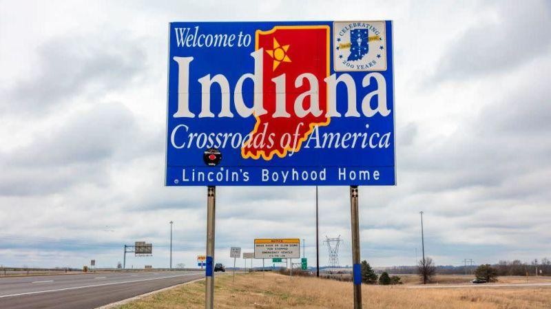 Welcome to the State of Indiana - Road sign along Interstate 70 towards St. Louis, MO