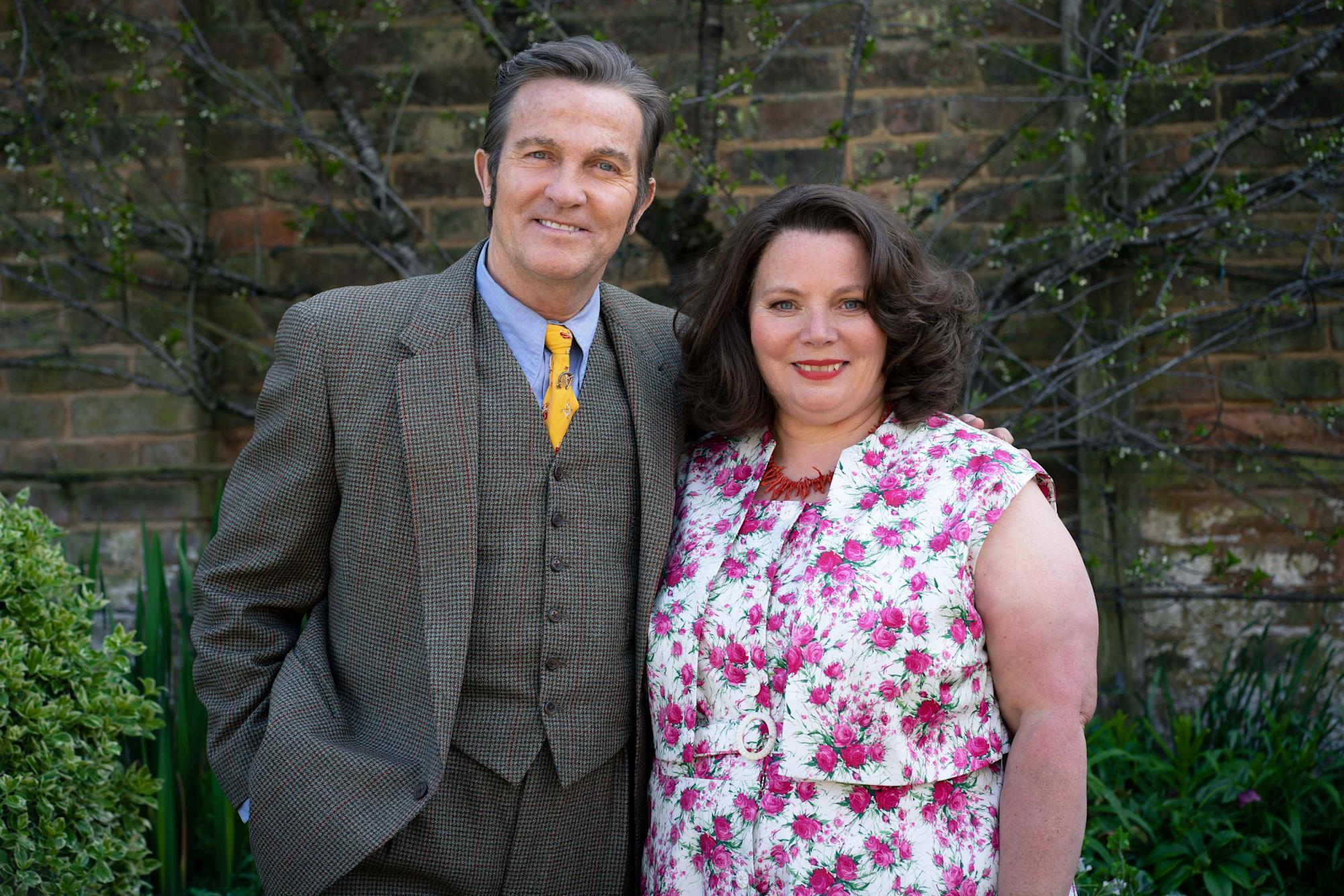ITV unveils first look at Bradley Walsh and Joanna Scanlan in 'The Larkins'