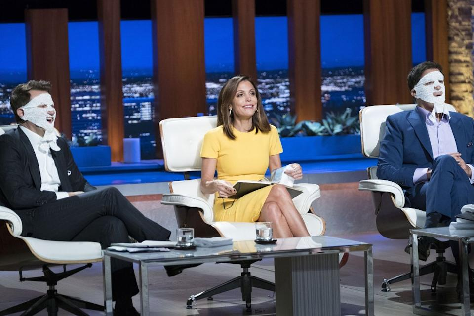 """Bethenny Frankel guest-stars as an investor on ABC's """"Shark Tank,"""" with Mark Cuban to her right and Robert Herjavec to her left."""