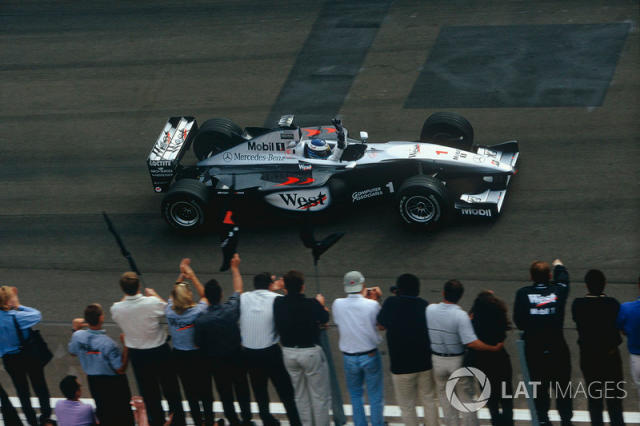 "McLaren MP4/14 (1999) <span class=""copyright"">LAT Images</span>"