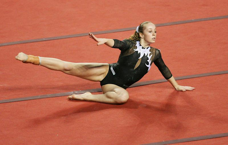 GENT, BELGIUM: Verona Van De Leur of The Netherlands performed competes in floor exercices during the World Cup Gymnastics' final at Gent's topsporthal, 13 May 2007, in Belgium. AFP PHOTO/ERIC LALMAND (Photo credit should read ERIC LALMAND/AFP via Getty Images)