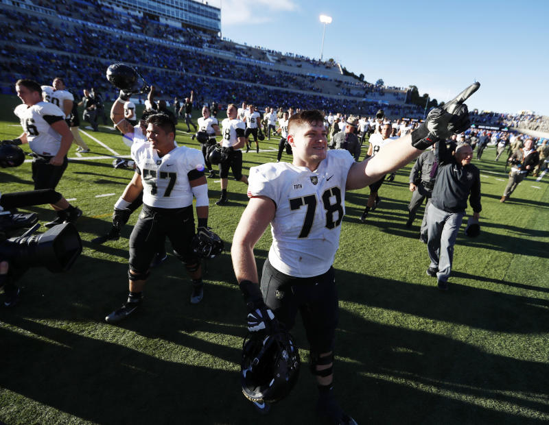 Offensive lineman Brett Toth is Army's first player to participate in the Senior Bowl. (AP)