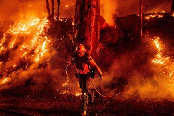 PHOTO: Firefighter Giannis Giagos battles the Maria Fire in Santa Paula, Calif., Nov. 1, 2019. (Noah Berger/AP)