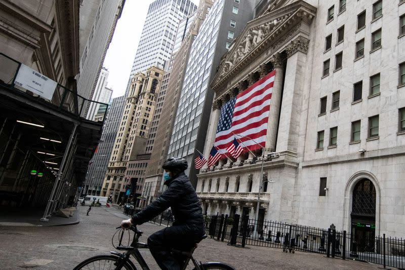Dollar gains, stocks ebb after jobs data halts rally