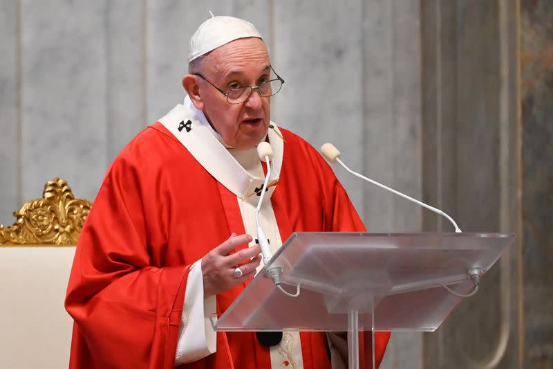 Pope condemns those trying to make quick buck off coronavirus