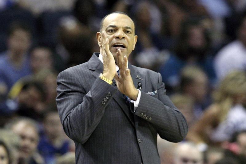 Memphis Grizzlies coach Lionel Hollins claps during the second half of an NBA basketball game against the Utah Jazz in Memphis, Tenn., Wednesday, April 17, 2013. The Grizzlies defeated the Jazz 86-70. (AP Photo/Danny Johnston)