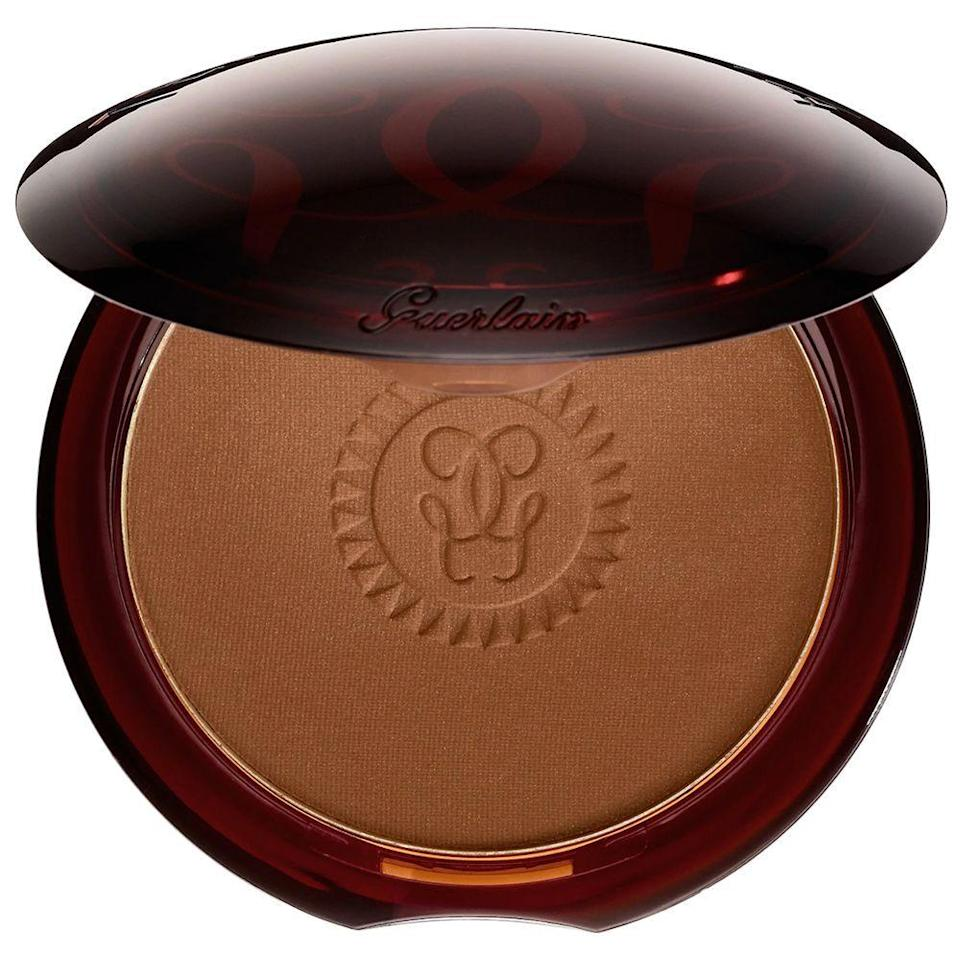 "<p><strong>Guerlain</strong></p><p>sephora.com</p><p><strong>$54.00</strong></p><p><a href=""https://go.redirectingat.com?id=74968X1596630&url=https%3A%2F%2Fwww.sephora.com%2Fproduct%2Fterracotta-bronzing-powder-P284710&sref=https%3A%2F%2Fwww.bestproducts.com%2Fbeauty%2Fg33807456%2Fbronzers-for-dark-skin%2F"" rel=""nofollow noopener"" target=""_blank"" data-ylk=""slk:Shop Now"" class=""link rapid-noclick-resp"">Shop Now</a></p><p>For a buttery, satiny, and weightless feel, grab this bronzer. Though this shade is our favorite for darker skin tones, it comes in four more hues to choose from, so you can experiment with shade intensity — plus its light-as-air feel will give off a faux-natural finish that won't bother your skin throughout the day.</p>"