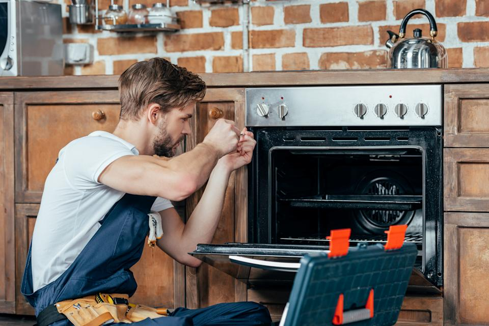 Rental managers have different levels of responsiveness when it comes to tenant issues. Before you move in, ask the protocol for how to get in touch with someone authorized to perform repairs. (Photo: Getty)