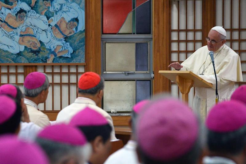 Pope Francis speaks during a meeting with Asian bishops at the Shrine of Haemi in South Korea, on August 17, 2014 (AFP Photo/Vincenzo Pinto)