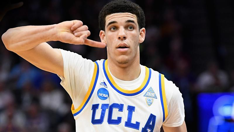 Lonzo Ball freestyles over Drake's 'Free Smoke,' is actually decent