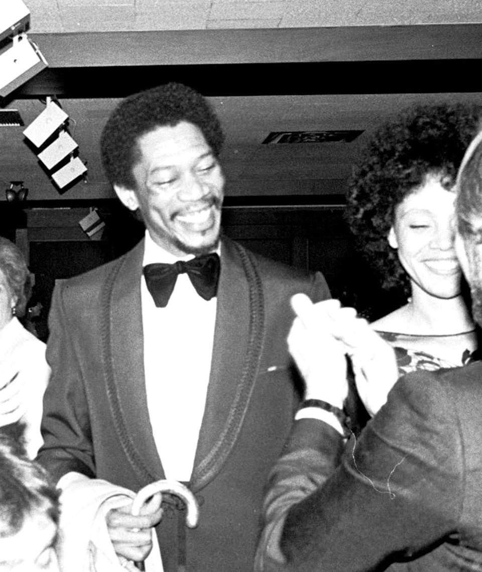 <p>Morgan Freeman and his wife, Jeanette, look like they're ready for a fun night, as they arrive at the <em>Mighty Gents </em>premiere in 1978. </p>