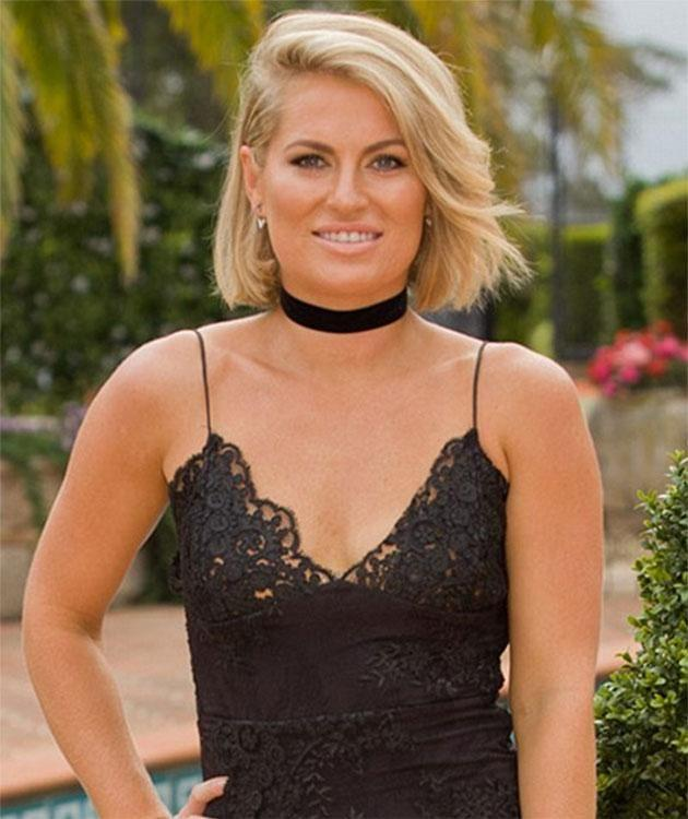 Bachelor contestant Keira Maguire rocks a Lara Worthington look. Source: Network Ten