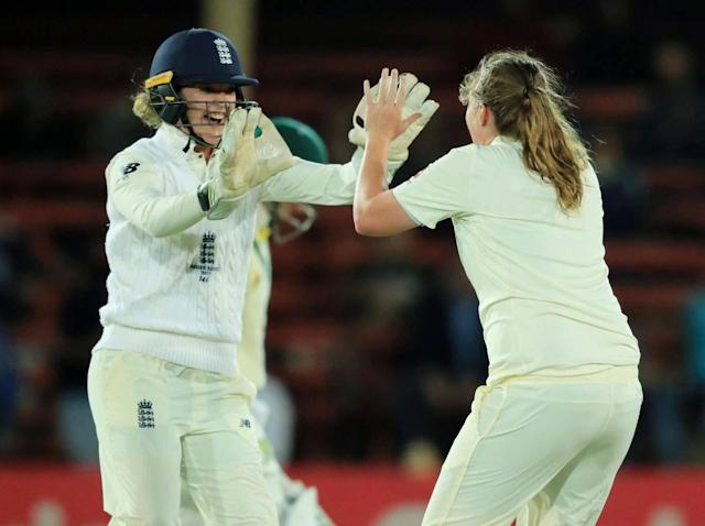 Sarah Taylor took a stunning catch to remove Elyse Villani (Getty)