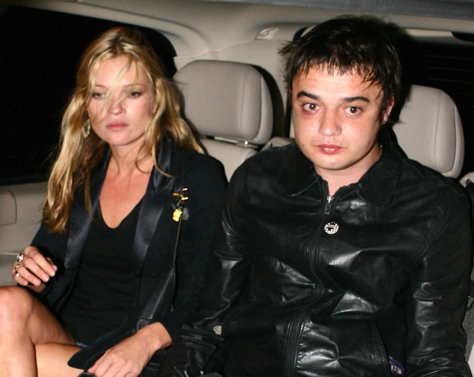Kate Moss y Pete Doherty. (Foto: Phillip Massey / Getty Images)