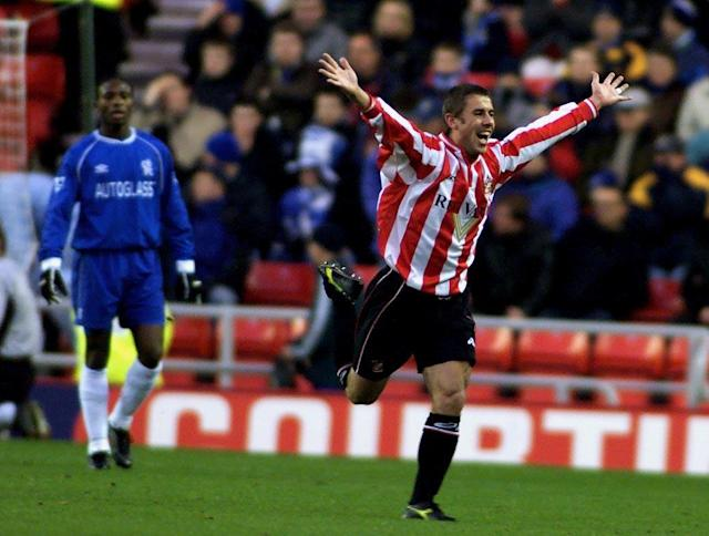<p>Kevin Phillips bagged 30 goals in 36 games to guide Sunderland to a seventh place finish. </p>