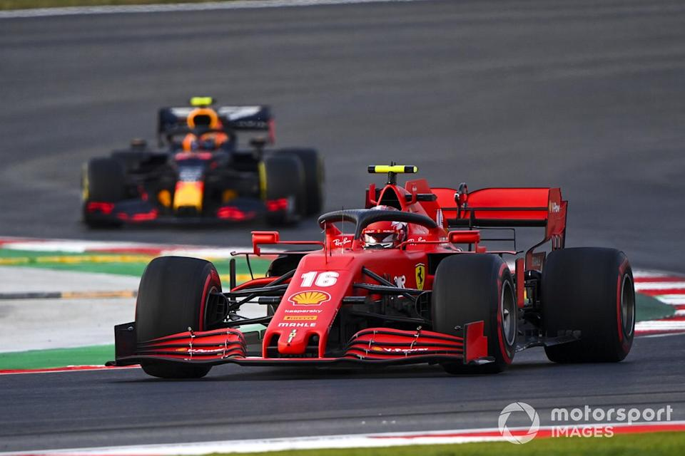 "Charles Leclerc, Ferrari SF1000, Alex Albon, Red Bull Racing RB16<span class=""copyright"">Mark Sutton / Motorsport Images</span>"