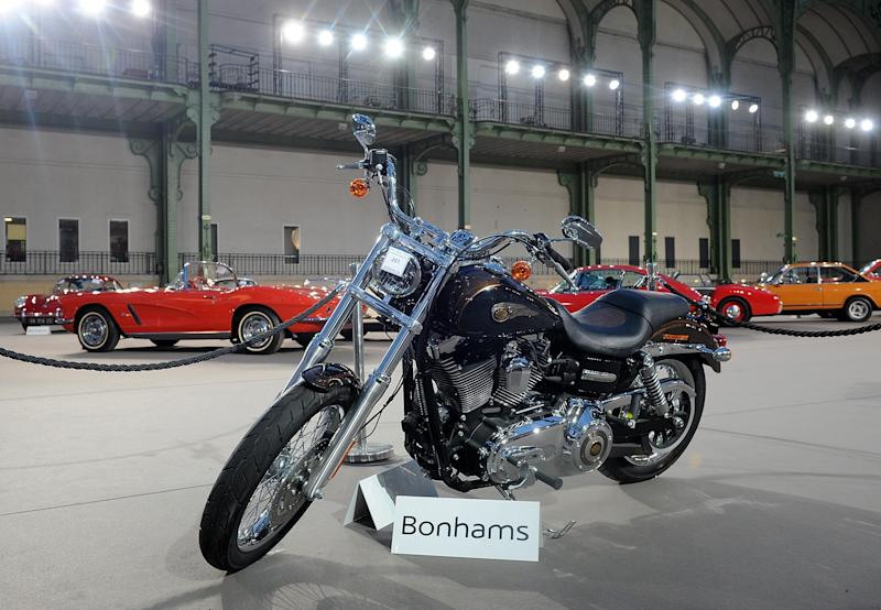 The 2013 Harley Davidson 1 585 cm3 Dyna Super Glide Custom that was donated to Pope Francis is seen on display ahead of Bonham's sale of vintage cars on Feb. 5, 2014. (Antoine Antoniol via Getty Images)