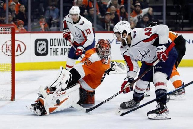 Capitals top Flyers 2-1 in shootout to extend point streak