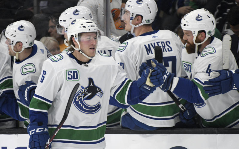 Boeser, Pettersson push Canucks to 5-3 win over Kings