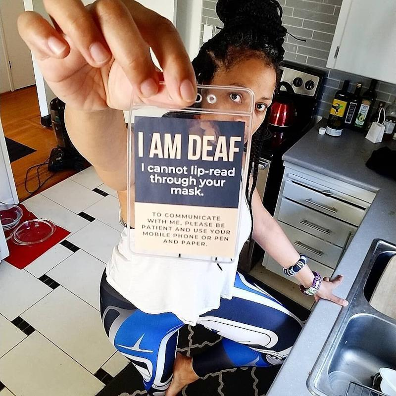 After a Deaf friend shared their woes talking to mask-wearers, musician Naomi Grace decided to make communication badges for Deaf and Hard-of-Hearing people. (Photo: Facebook: Naomi Grace)