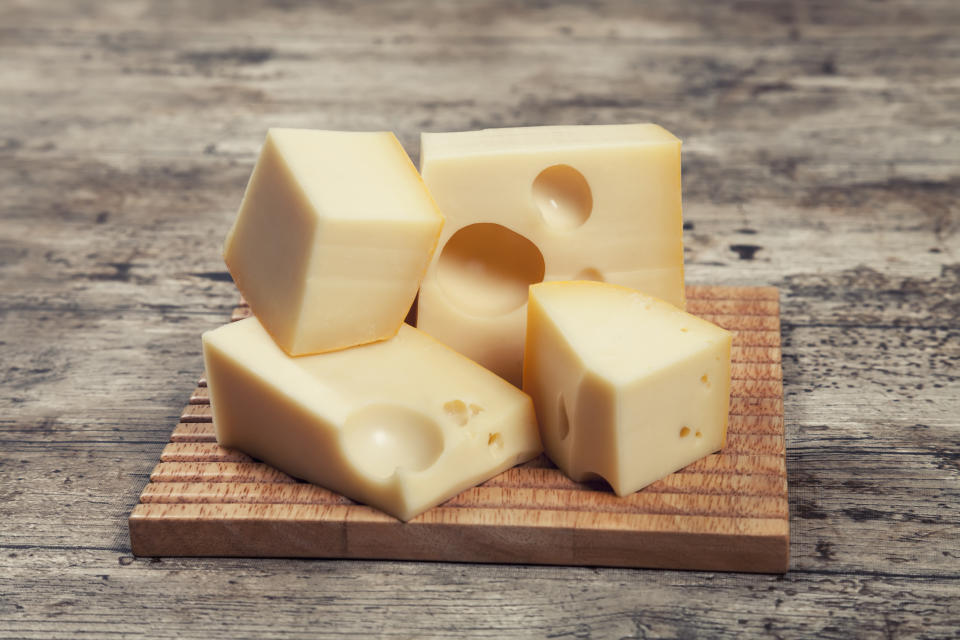 Maasdam cheese is a Dutch cheese in a Swiss-style. This cheese was created in the early twentieth century as an alternative to far more expensive Swiss Emmental. The Maasdam is a semihard cheese texture of cooked pasta with a fat content of 35%. It is soft, buttery, sweet and creamy flavor reminiscent of fruits and nuts.