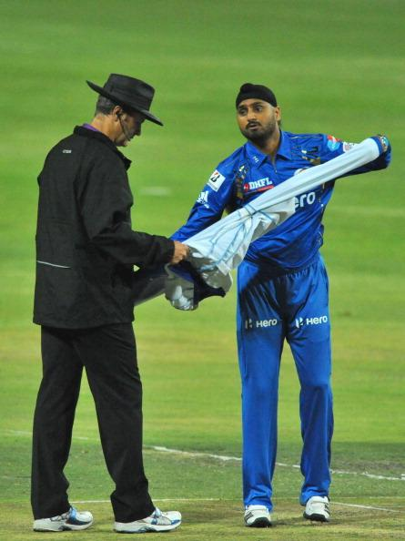 JOHANNESBURG, SOUTH AFRICA - OCTOBER 14:  Harbhajan Singh of Mumbai prepares to bowl during the Karbonn Smart CLT20 match between Highveld Lions and Mumbai Indians at Bidvest Wanderers Stadium on October 14, 2012 in Johannesburg, South Africa.  (Photo by Duif du Toit/Gallo Images/Getty Images)
