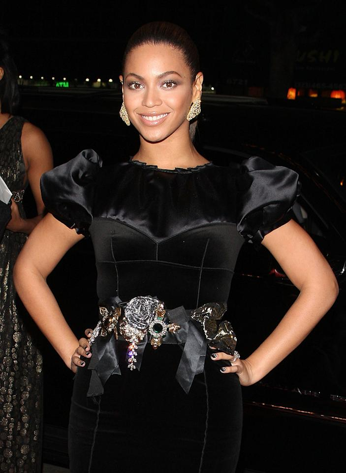 """<a href=""""http://movies.yahoo.com/movie/contributor/1804705859"""">Beyonce Knowles</a> at the Los Angeles premiere of <a href=""""http://movies.yahoo.com/movie/1810003875/info"""">Cadillac Records</a> - 11/24/2008"""