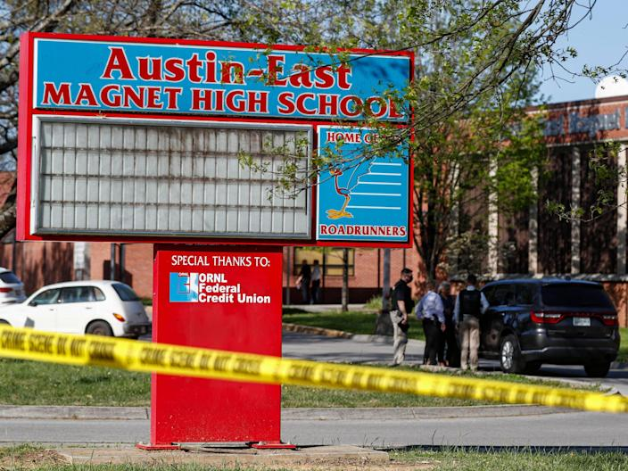 Knoxville School Police Shoot Anthony Thompson
