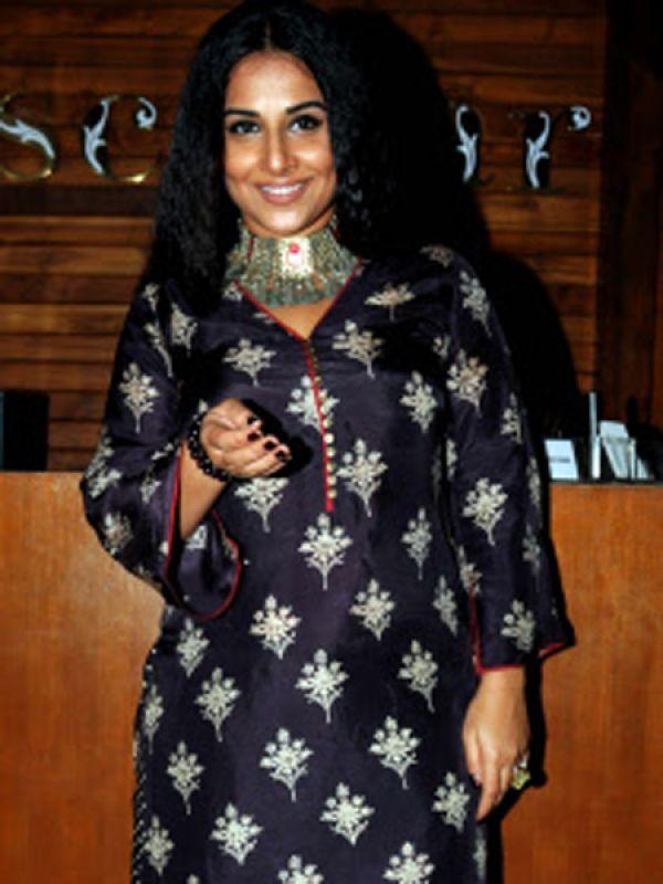 <p><strong>Images via : <a href='http://idiva.com'>iDiva.com</a></strong></p><p><strong>Vidya Balan</strong>: Vidya Balan was crowned India's hottest vegetarian in a poll conducted by PETA alongside politician Shashi Tharoor.</p><p><strong>Related Articles - </strong></p><p><a href='http://idiva.com/opinion-ifood/care-to-try-this-raw-some-diet/23332' target='_blank'>Care to Try This RAW-some Diet?</a></p><p><a href='http://idiva.com/interviews-work-life/anuradha-sawhney-on-why-being-vegan-is-the-best-lifestyle-choice-diva-in-focus/19263' target='_blank'>Anuradha Sawhney on Why Being Vegan is the Best Lifestyle Choice [Diva in Focus]</a></p>