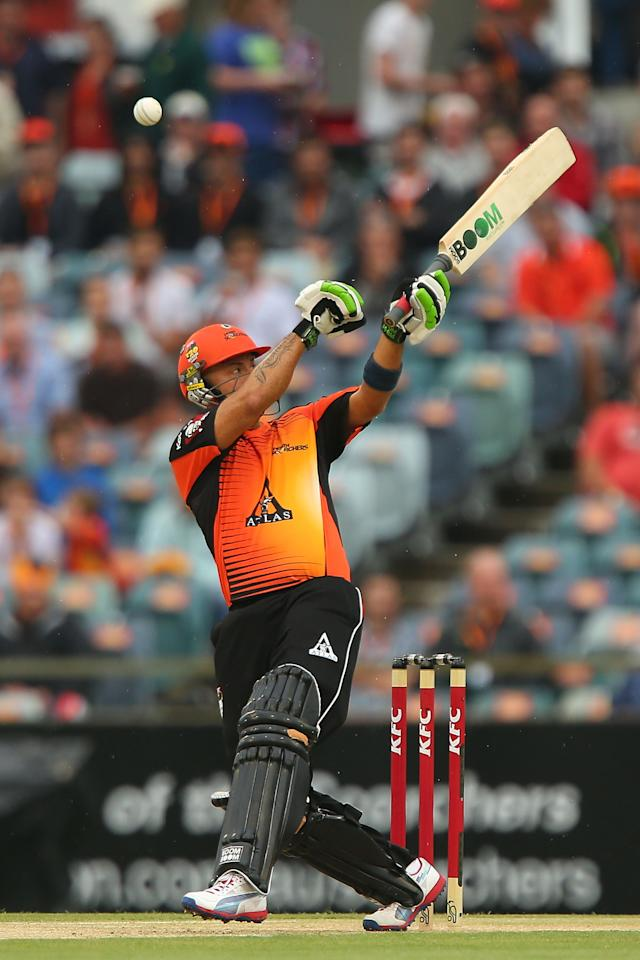 PERTH, AUSTRALIA - DECEMBER 12: Herschelle Gibbs of the Scorchers bats during the Big Bash League match between the Perth Scorchers and the Melbourne Stars at WACA on December 12, 2012 in Perth, Australia.  (Photo by Paul Kane/Getty Images)