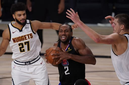 Leonard scores 29 points; Clippers rout Nuggets in Game 1