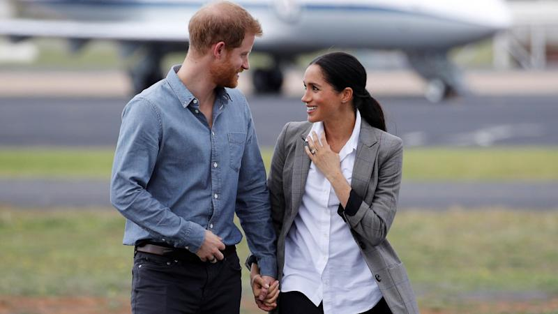 Meghan Markle and Prince Harry Go Casual During Day 2 of Australian Royal Tour