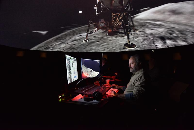 10c. Making of Worlds Beyond Earth_DF