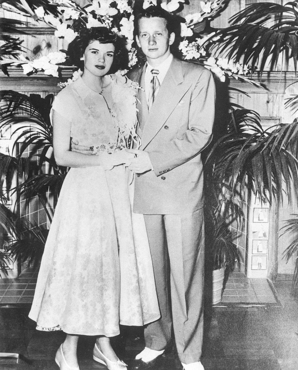 <p>Born Vera Jayne Palmer in 1933, the future icon eloped with 20-year-old Paul Mansfield in 1950, just before graduating from high school. A year into their marriage they welcomed a baby girl, Jayne Marie Mansfield, while they were both studying acting at Southern Methodist University.</p>