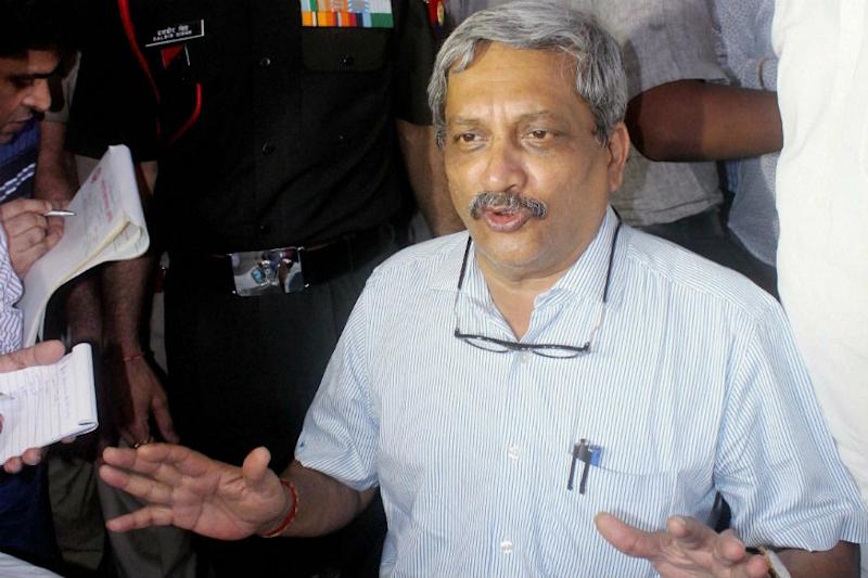 PM Modi meets ailing Goa CM Parrikar in Mumbai hospital