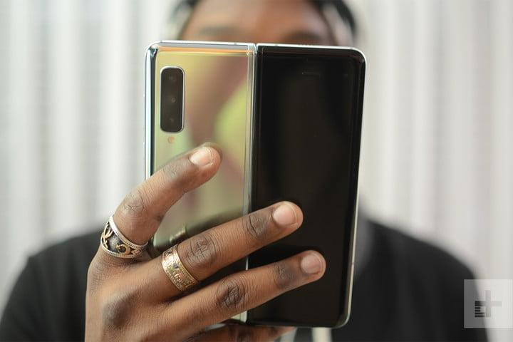 samsung galaxy fold news new 16
