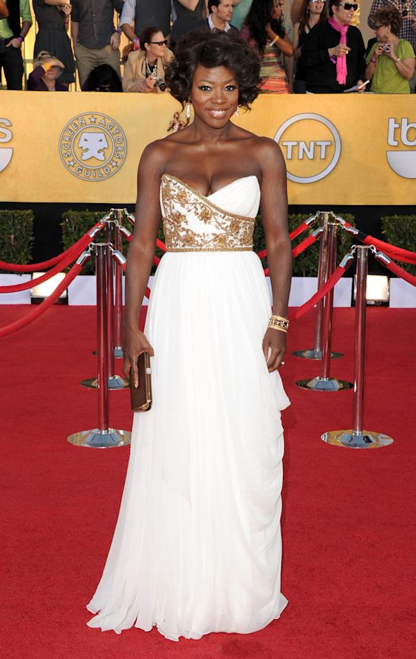 Viola Davis -- who bested Meryl Streep in the leading actress category -- took her game to a whole new level by donning a strapless Marchesa masterpiece and a glam gold cuff.