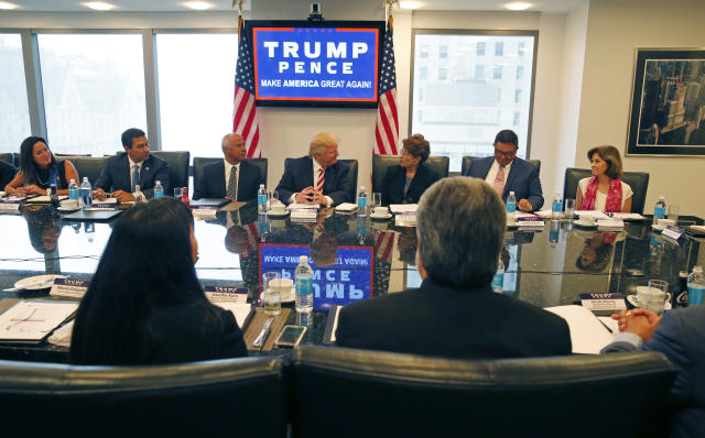 Candidate Donald Trump meets with his Hispanic Advisory Council on Aug. 20, 2016. (Photo: Gerald Herbert/AP)