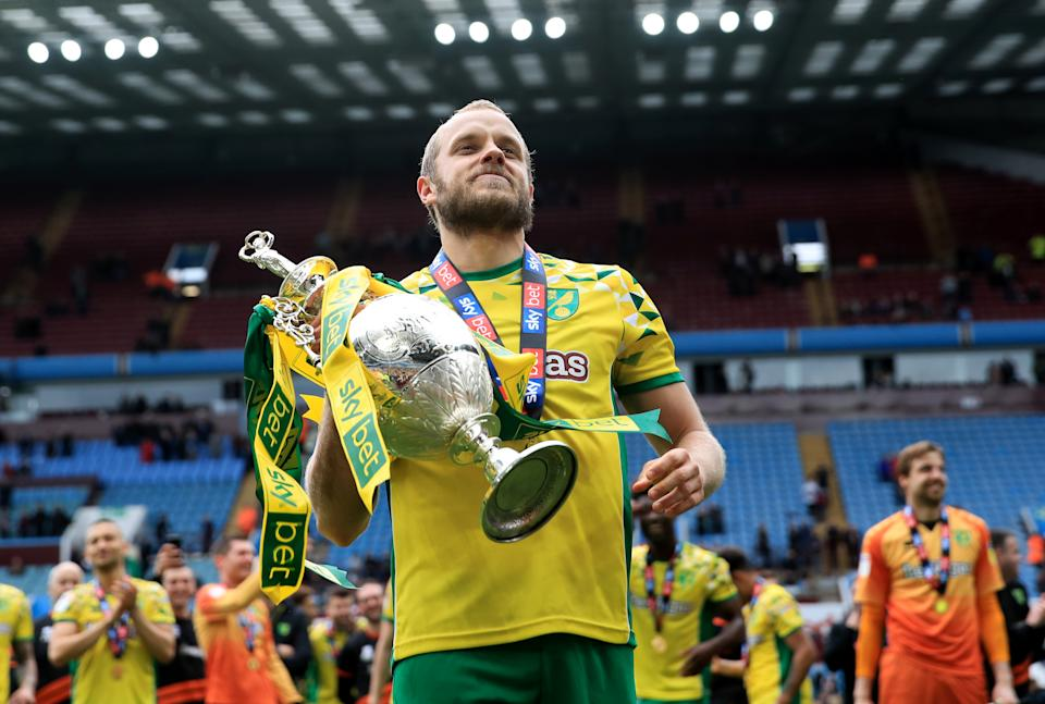 BIRMINGHAM, ENGLAND - MAY 05: Teemu Pukki of Norwich City celebrates as he lifts the Championship trophy during the Sky Bet Championship match between Aston Villa and Norwich City at Villa Park on May 5, 2019 in Birmingham, England. (Photo by Marc Atkins/Offside/Getty Images)